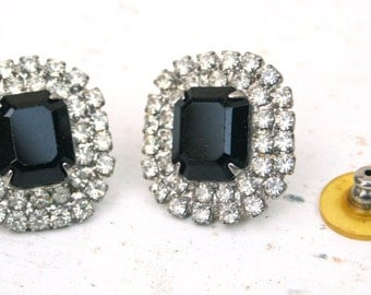 Beautiful Costume Earrings *PRICE REDUCED*