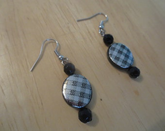 Black and Silver Patterned Earrings