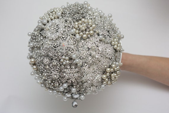 brooch bouquet, wedding bouquet, bridal bouquet, wedding brooch, bridesmaids bouquets, wedding decor, wedding flowers, wedding accessories