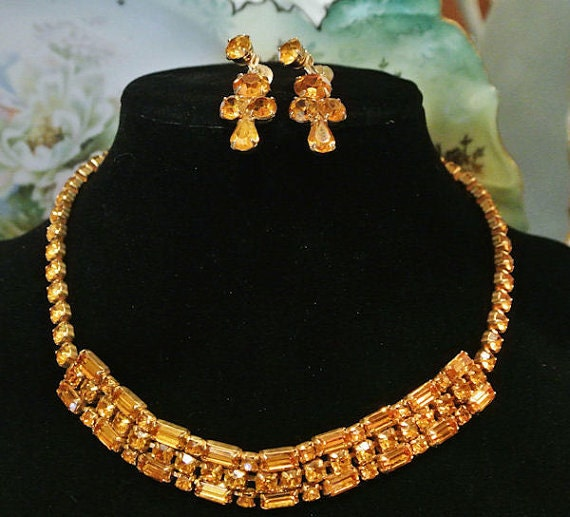Vintage Coro Rhinestone Necklace Earrings Demi Parure Screw Back 1940s 40s Hollywood Regency Glam Jewelry Set Tangerine Bib Choker Dangle