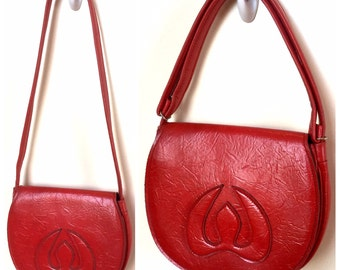 Vintage Bright Red Handbag Purse - Fire Engine Red Bag - Textured Vinyl Faux Leather - Adjustable Strap - Decorative Stitching Bird Flame