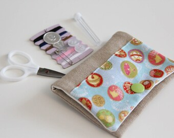 Sewing kit - Japanese lucky charms - pink - green - blue - travel - threads - scissors - needle - pincushion - button - fixing