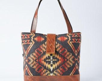 SALE! Ann Shoulder Bag in Horizon