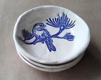 THREE Ceramic Bird Prep Bowls Cobalt Blue on Off White