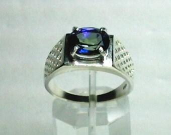 Mystic Blue Topaz Gemstone in 925 Sterling Silver Mens Ring Size 10