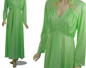 Vintage 70s Pastel Maxi dress Deep V neckline long sleeve 1970s Gypsy empire waist cocktail party dress Pastel Green XL  Plus size