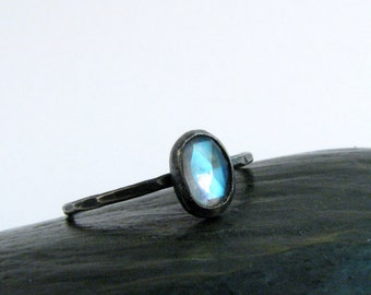 Flashy Rainbow Blue Moonstone Bezel Ring in Oxidized Sterling Silver - Rose Cut Oval - Stackable Moonstone Ring - Size 6 Ring