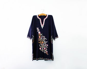 vintage 70s India Indian Floral Embroidery Midnight Blue Wool Kaftan Dress // One Size
