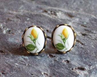 Yellow rose cameo earrings, glass flower stud earrings, vintage cameo post earrings, floral earrings
