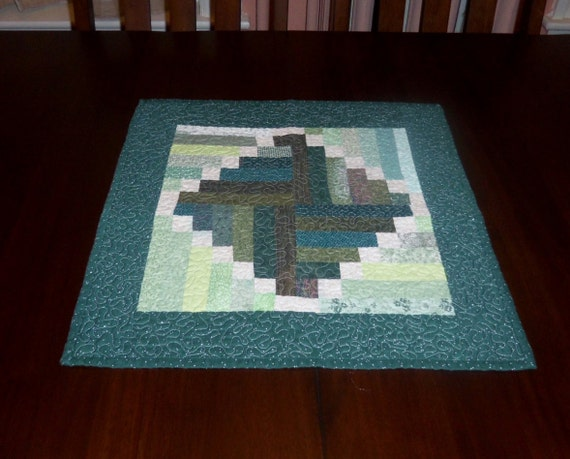 Quilted table runner 19x19 inches square by entirelyhomemade for Small square placemats
