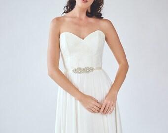 Pearl Bridal Sash | Crystal Wedding Sash Belt | Rhinestone Bridesmaid Belt | Beaded Bridal Sash | Wedding Dress Sash [Petite Sakura Sash]