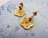 Vintage damascene butterfly earrings. Tiny dangle earrings. Gold jewelry. Original maroon velvet box packaging. Reed & Barton.