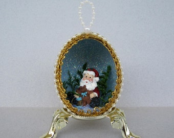 Sitting Santa Claus Egg Ornament