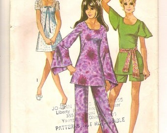 Vintage 70s Sewing Pattern -Mini Dress, Tunic Top, Shorts, Pants Simplicity 8783 - Size 9/10 Flutter Butterfly Angel Sleeves