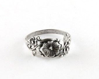 Vintage Flowers Sterling Silver Ring