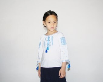 Kid's Vintage 70s Embroidered Blouse - 1970s Boho Tassel Top - Children's Vintage - K0045