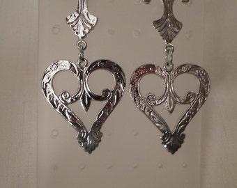 Vintage / BRIGHTON STYLE HEARTS / Earrings / Pierced / Silver / Huge / Fleur-de-lis / Fashionista / Trendy / Designer-inspired / Massive