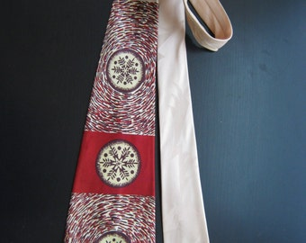 1940s snowflake print tie art deco silk red grey brown 1950s postwar bold look 40s 50s vintage coplan silkscreen silk screened