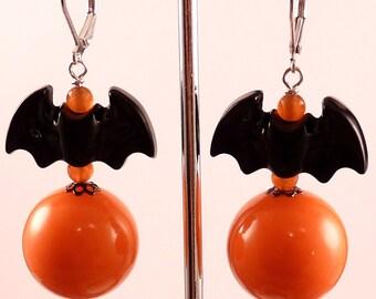 Halloween Earrings Bat Earrings Bat Jewelry Halloween Jewelry Orange Earrings Holiday Jewelry Beaded Jewelry Black Jewelry Orange Jewelry