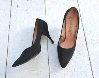 1950s Miles Fifth Avenue Black Stilettos, Size 7.5