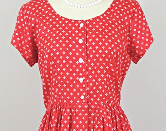 Adorable Ragdoll 80s Red Vintage Dress/ 1980s vintage red white shirtwaist dress/ Small Medium