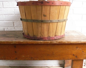 Vintage Wood Bushel Basket - Rustic Farmer's Market - Front Porch Decor