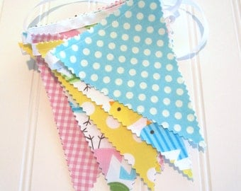 Mini Bunting/Fabric Flag Banner/Girl/Boy/Bedroom/Party/Nursery/Baby Shower/Decoration