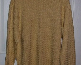 99 CENT SAlE Vintage Men's Maize Wool Blend Sweater by Alex Cannon Large Now .99 USD