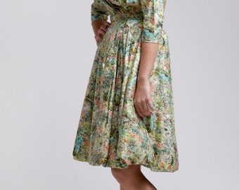 Vintage 1950's Printed Taffeta Party Dress /  Size Small Medium / Mad Men Era Garden Floral Dress