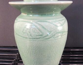 SALE-Vintage 90's Thai celadon jar vase