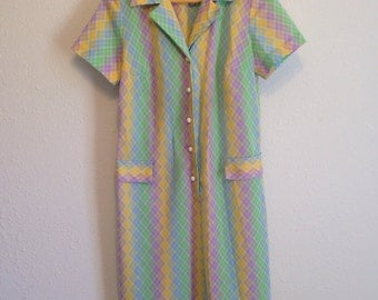 Vintage Dress, Pastel Rainbow Striped Housedress, Vintage Casual Dress, 38-38-40