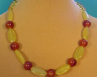 """17"""" Yellow and Brown AGATE necklace - N436"""