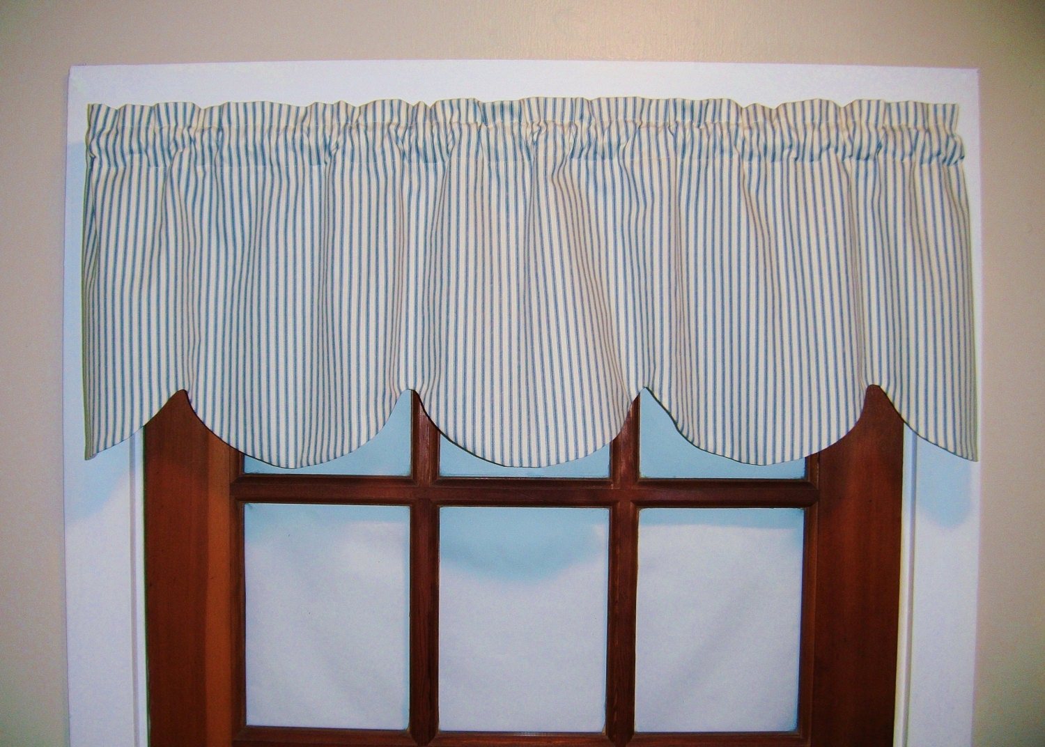 scalloped ticking stripe valance black blue tan gray aqua. Black Bedroom Furniture Sets. Home Design Ideas