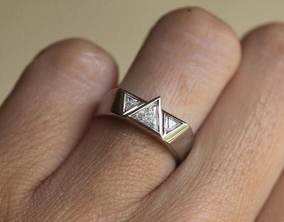 Unique Engagement Ring Wedding Triangle Diamond