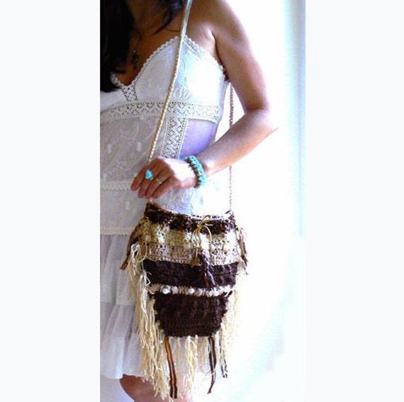 Cafe fringe crochet purse- Bucket fringe crochet bag- Boho beige brown handbag-Festival crossbody embelished bag-Gypsy, hippie crochet purse