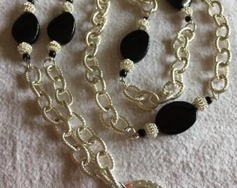 Big,Beautiful and Bold! Long Lanyard Necklace!