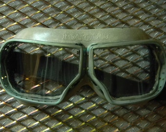 Like New Vintage Curved Glass Military Goggles - Aviation and Cycling - Excellent Steampunk Aviator Goggles