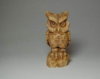 Franklin Mint ~ 1988 ~ Collector's Treasury of Owls ~ Carved Wood Style ~ Vintage Tesori® Porcelain Owl Figurine