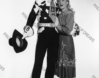 """Betty Hutton & Howard Keel Wall Art Print of The Hollywood Movie Legends Vintage A4 (11.7"""" x 8.3"""")"""