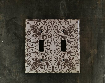Double light switch plate cover - Decorative tan & brown switch plate. 2 gang, 2 toggle wall plate. Home decor, rustic