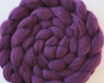 Corriedale Wool Sliver Corriedale in Aubergene Purple - 2 oz