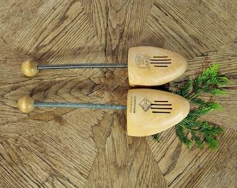 30% OFF SALE - Vintage Wooden Shoe Forms / Pair of Swedish Shoe Trees / Stockholm Goteborg Sweden / Size 39 - 42 (US woman 7.5 - 9.5)