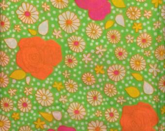 SALE- 1970s Flower Power Klopman Mills Fabric
