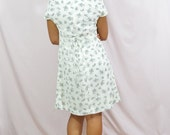 White Floral Summer Dress . Vintage Renewals Dress Medium (M) . 1990s . WAREHOUSE SALE