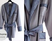 Ready To Ship Size XL Mens Smoking Jacket Silk Grey Blue Short Silk Morning Lounge Robe Luxury Hip-Length Dressing Gown Classy Shawl Collar