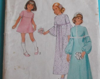 Vintage Sewing Pattern Style 3942 for a Child's Bridesmaid's Dresses for Age 8