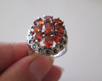 Beautiful Orange Gemstone and Marcasites sterling silver 925 Ring, size 8
