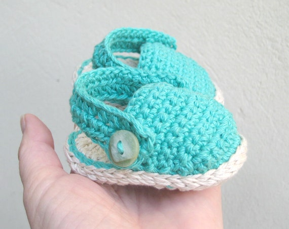 Baby Crochet Patterns For Summer : Summer baby shoes pattern Crochet pattern baby sandals