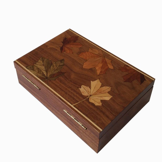 Wooden Box - Marquetry - Handmade-WoodBoxArt-ClassikBoxArt-Home decor- Maple leaf