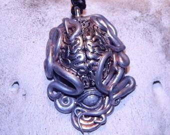 Aliem Brain Tentakles Pendant Chain Silver Doctor Who Dalek Eyeball Monster Horror Silver Horror